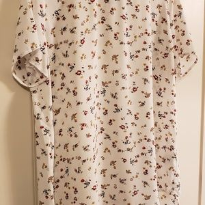 Premise Super Cute Floral Blouse